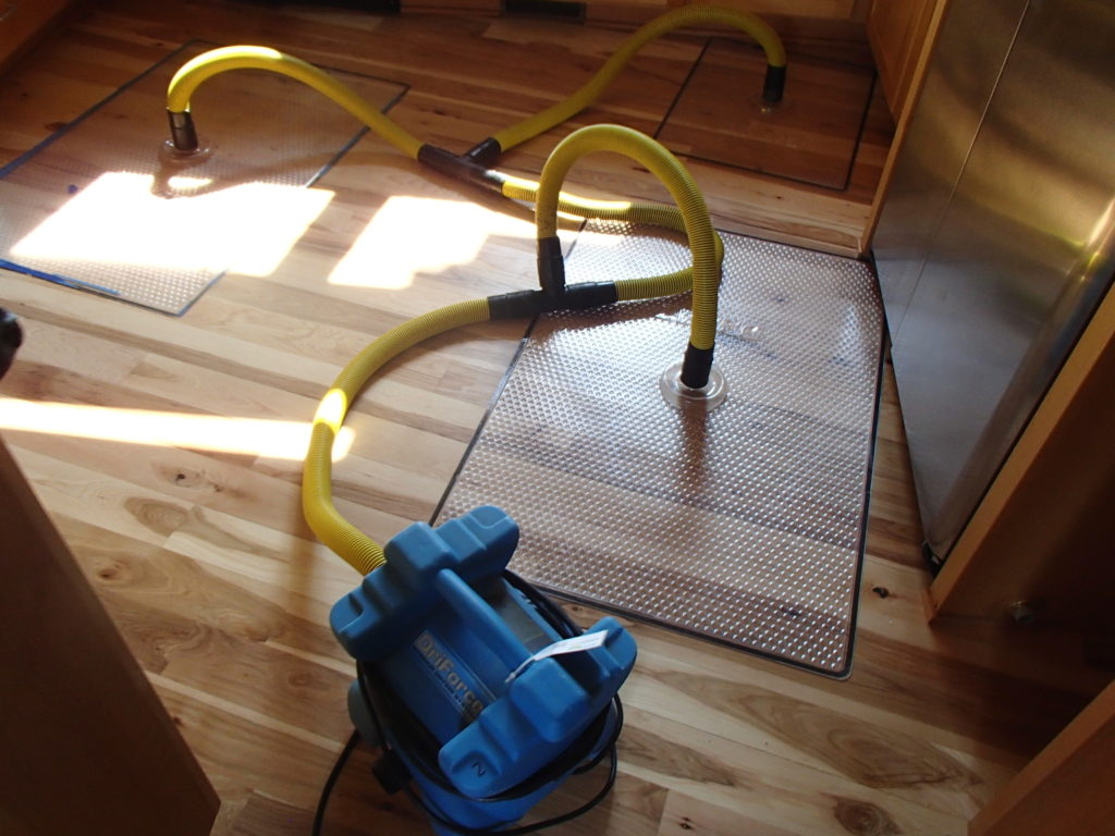drying hard wood floors with high-pressure suction